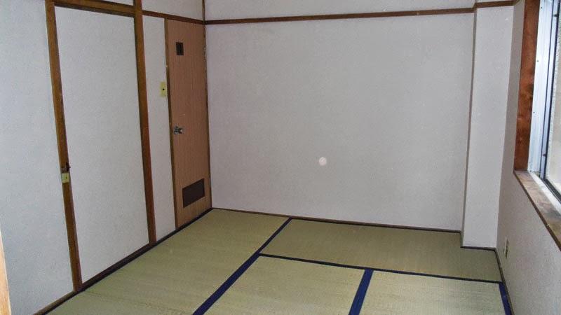 6-mat room