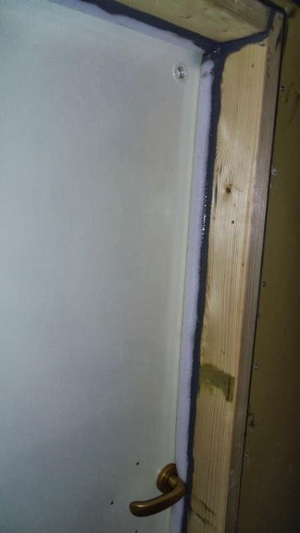 Well-sealed door